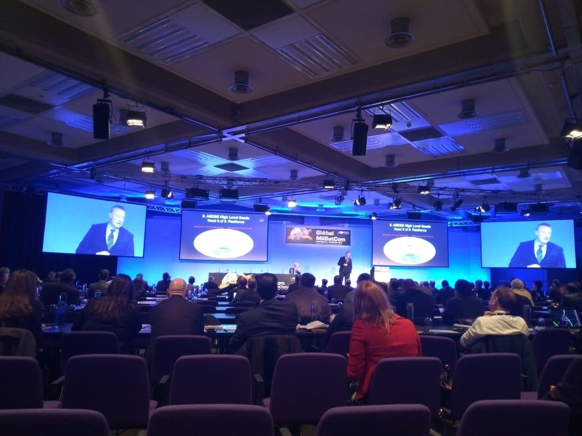 A conferência apresentou uma perspectiva atualizada das inovações tecnológicas que poderão compor o Sistema Espacial de Satélites de Comunicação de Órbita