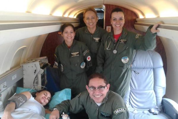 Transporte da gestante foi realizado em UTI aérea