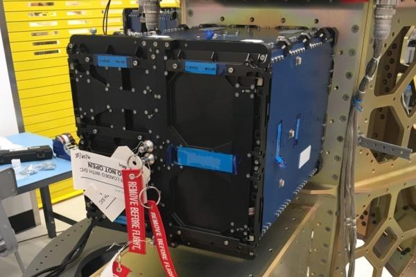 Esse é o primeiro satélite brasileiro a levar a bordo o software de controle de atitude totalmente projetado no Brasil