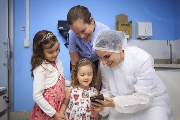 Orientar também faz parte do trabalho dos odontopediatras