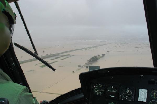 Durante o desastre a FAB fez o resgate de diversas familias que ficaram ilhadas