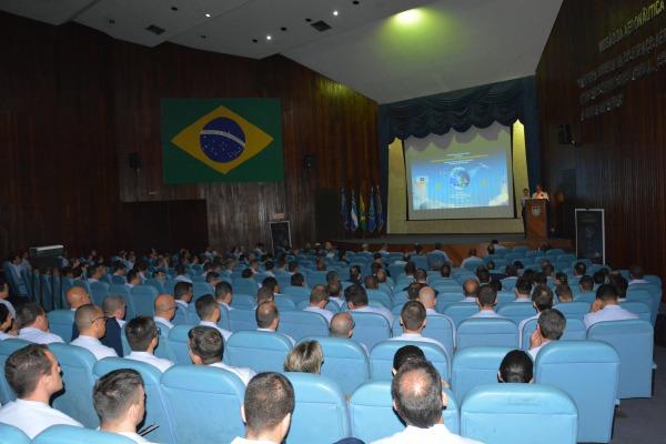 Mais de 350 integrantes de organizações militares e instituições civis participaram do evento