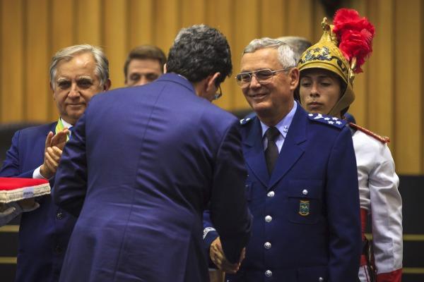 Comandante da FAB foi homenageado no grau Grande Oficial