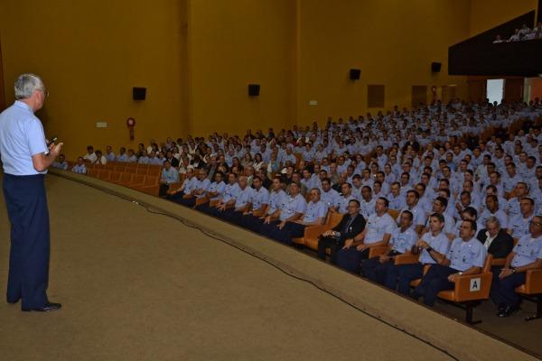 Tenente-Brigadeiro Rossato apresentou transformações na área administrativa e modernização de setores operacionais da Instituição