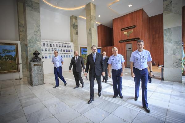 Ministro visitou o prédio do Comando da Aeronáutica
