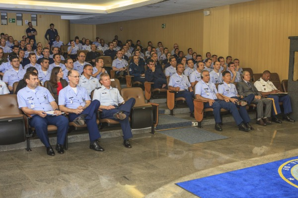 Mais de 100 militares assistiram à palestra