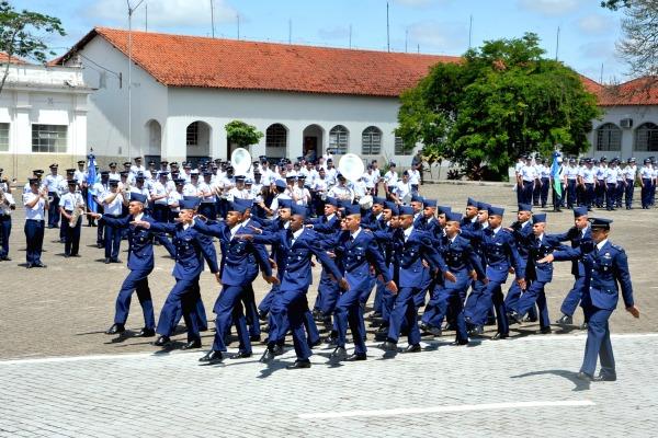 As guarnições de Barbacena (MG), Guarulhos (SP), Recife (PE), Campo Grande (MS) e Manaus (AM) realizaram cerimônias militares
