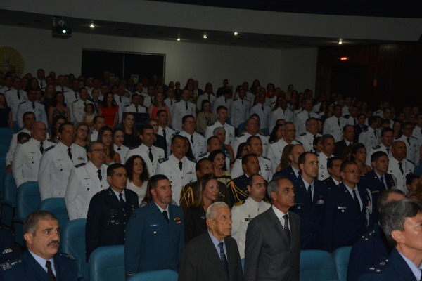 Oficiais concluíram cursos de Altos Estudos, Comando e Estado-Maior e Aperfeiçoamento de Oficiais