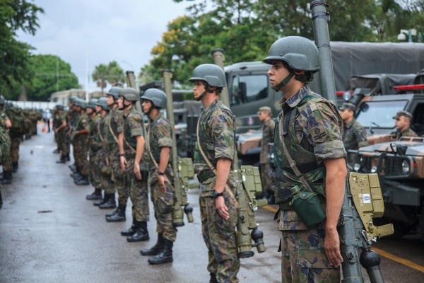 Mísseis IGLA S fazem parte da Defesa Antiaérea