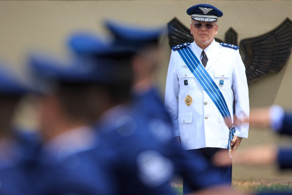 Tenente-Brigadeiro Bermudez assume o Comando da Aeronáutica