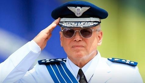 O destaque é a Passagem de Comando da Força Aérea Brasileira