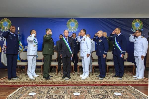 Na cerimônia, realizada em Brasília (DF), o Tenente-Brigadeiro Amaral se despediu da Secretaria-Geral do Ministério da Defesa