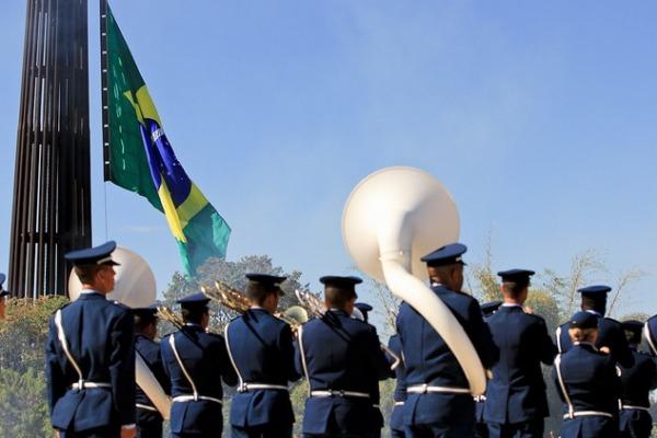 Solenidade acontece às 10h na Praça dos Três Poderes em Brasília (DF)
