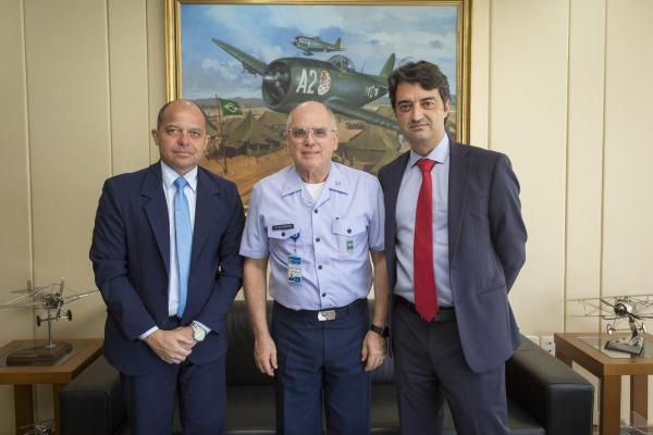 A reunião foi para apresentar a estrutura da empresa no Brasil e estreitar laços