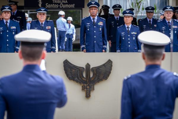 Dia do Especialista é marcado por entrega da Medalha Bartolomeu de Gusmão