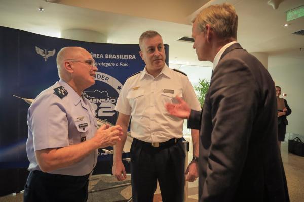 Seminário contou com palestras sobre tecnologias e gestão operacional da nova aeronave da FAB