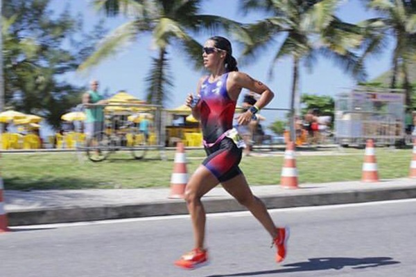 Sargento Luíza Cravo na 1º Etapa do Rio Triathlon