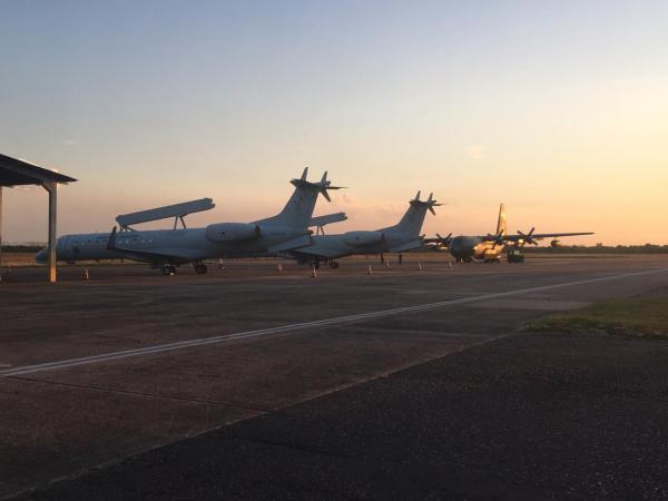 Aeronaves radar E-99 fazem parte do exercício