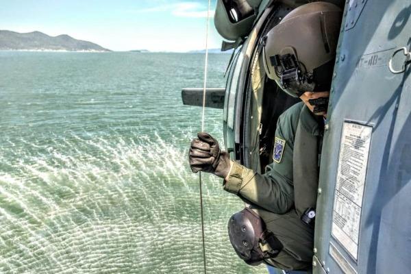 Durante o exercício, foram realizadas em torno de 300 simulações de salvamento