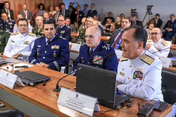 Durante a audiência, o Ministro apresentou projetos, missões e operações conjuntas realizados pelas Forças Armadas