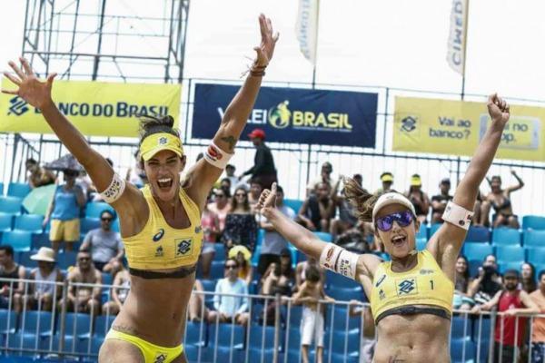 Sargento Fernanda Berti conquistou, no sábado (13), o título de campeã do Circuito Brasileiro Open de Vôlei de Praia