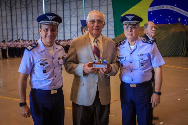 Comandante da Ala, Coronel Blower e Comandante da Aeronáutica