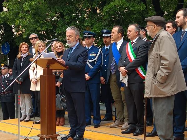 Cidade de Alessandria recebeu lápide em reconhecimento ao Tenente Aviador Dornelles, morto em 26 de abril de 1945