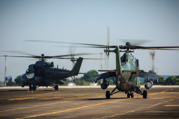 Atividades visam adestrar os esquadrões aéreos e unidades de Infantaria