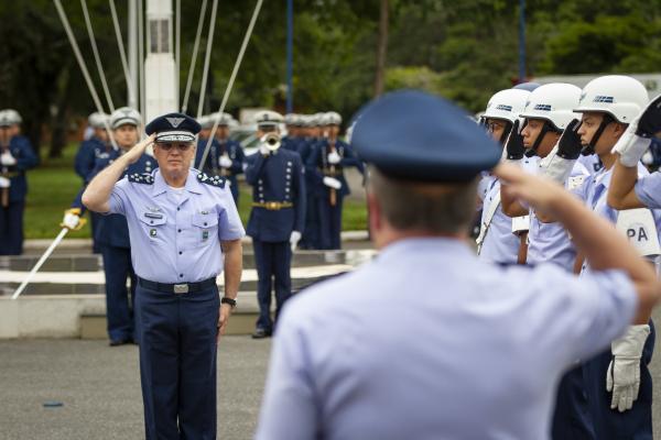 Solenidade na Ala 1 lembrou ainda os 35 anos de criação da Diretoria de Ensino da Aeronáutica