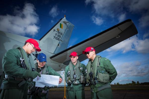 Aviação é composta por três unidades aéreas que têm a missão de ajudar a defender a extensão marítma de responsabilidade do Brasil que faz parte da Dimensão 22