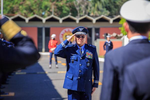 A cerimônia contou com a presença de representantes das três Forças