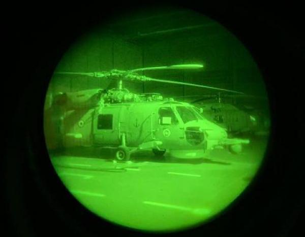 Capacitação do Esquadrão HS-1 contou com 44 surtidas de instrução de voo com óculos de visão noturna