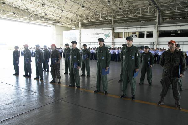 Militares da Ala 8 receberam o Sikorsky Rescue Award