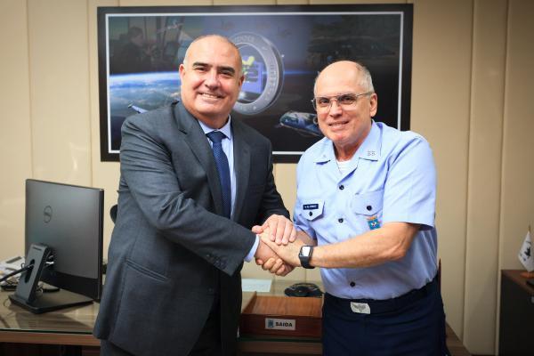 Encontro aconteceu nesta segunda-feira (03) no Comando da Aeronáutica