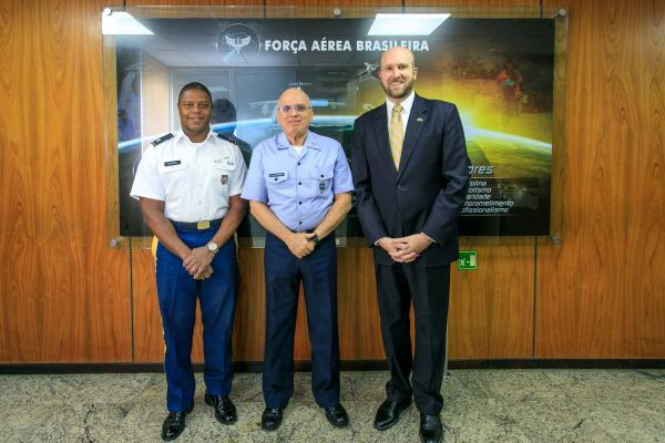 A visita ocorreu na sede do Comando da Aeronáutica em Brasília (DF) nesta quarta-feira (05)