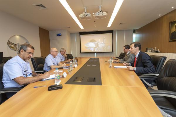 Encontro tratou, entre outros assuntos, da atuação da FAB na construção de aeroportos na Amazônia