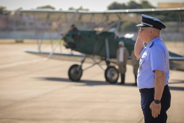 Comandante da Aeronáutica participou de solenidades na Ala 11 e no Campo dos Afonsos
