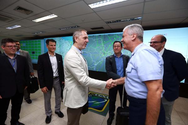 Objetivo foi conhecer as ações de gerenciamento do fluxo de tráfego aéreo para o evento que acontece no Brasil