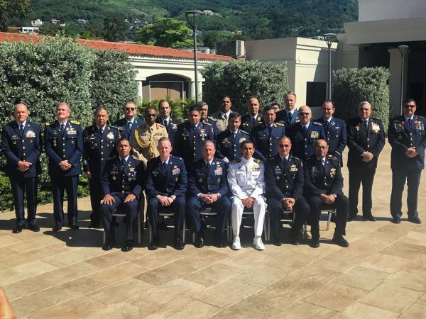 Comandante da Aeronáutica participa do evento até a próxima sexta-feira (21)