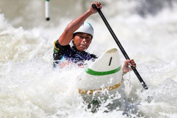 Sargento Ana Sátila  na prova C1 de canoagem slalom