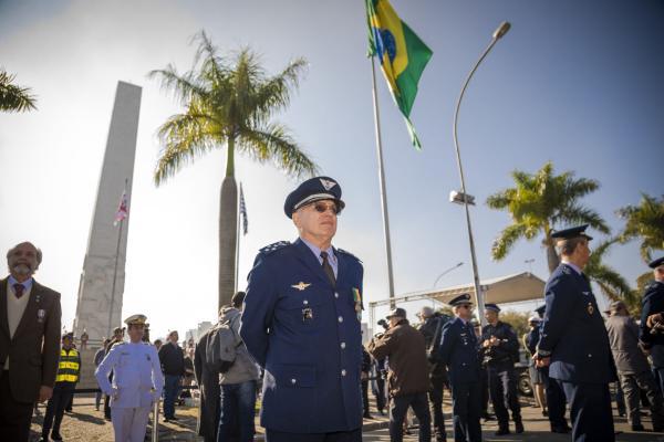 A cerimônia de imposição foi realizada nesta terça-feira no Monumento Obelisco Mausoléu aos Heróis de 32