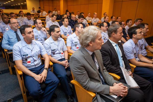 Encontro promovido pelo Estado-Maior da Aeronáutica visa à atualização sobre o desenvolvimento e a aquisição das novas aeronaves