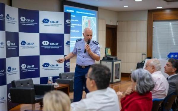 Secretário de Economia, Finanças e Administração da Aeronáutica participou de evento do Conselho Regional de Administração