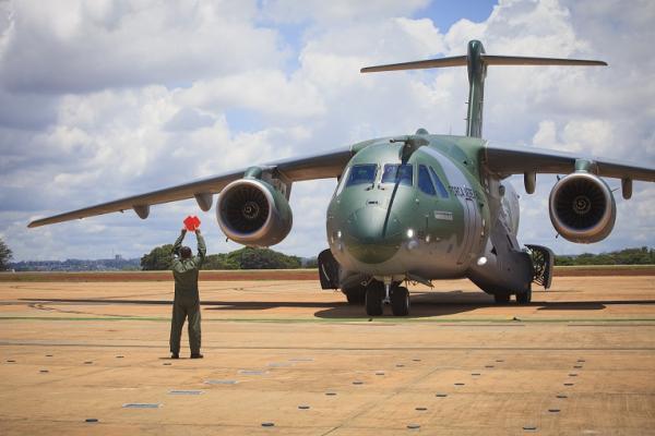 Pilotos e Graduados realizarão cursos durante todo o semestre