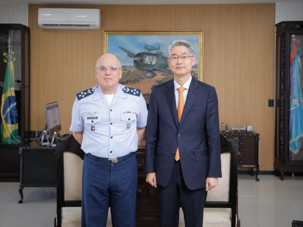 Encontro visa reforçar a cooperação existente entre as Forças Aéreas dos dois países