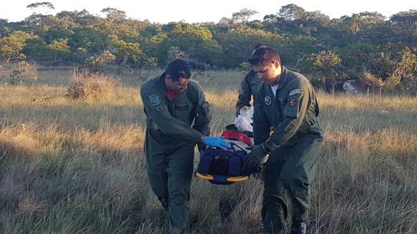 Sobreviventes e tripulantes relatam lembranças de operações de busca e salvamento após situações trágicas