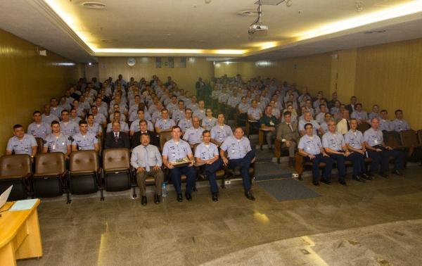 As visitas foram realizadas de abril a setembro, em sete cidades, com a participação de gestores e agentes da administração da FAB