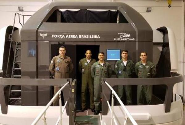 O Exercício contou com o emprego da aeronave C-105 Amazonas em procedimentos especiais de aproximação, arremetida, pouso e decolagem