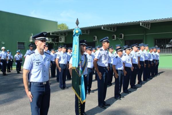 Durante a cerimônia, foram entregues as premiações ao Graduado Padrão e Praça Padrão