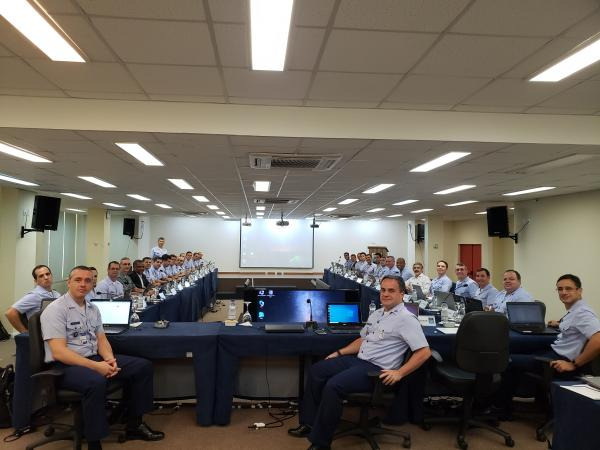 Evento reuniu 35 especialistas de diversas áreas da Força Aérea Brasileira